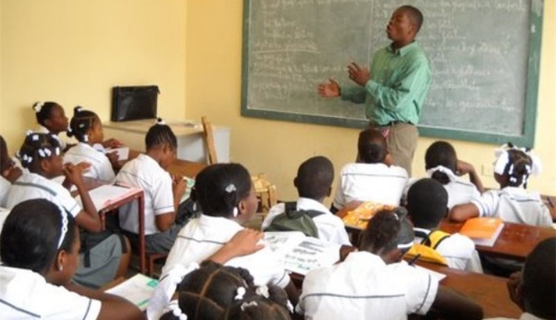 Nelle scuole di Haiti non suona la campanella