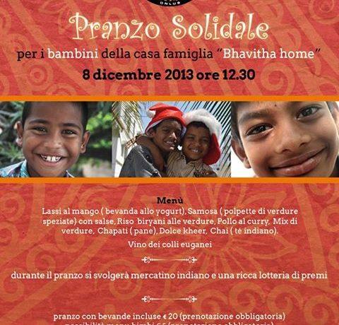 Pranzo natalizio per i bambini di Bhavitha Home