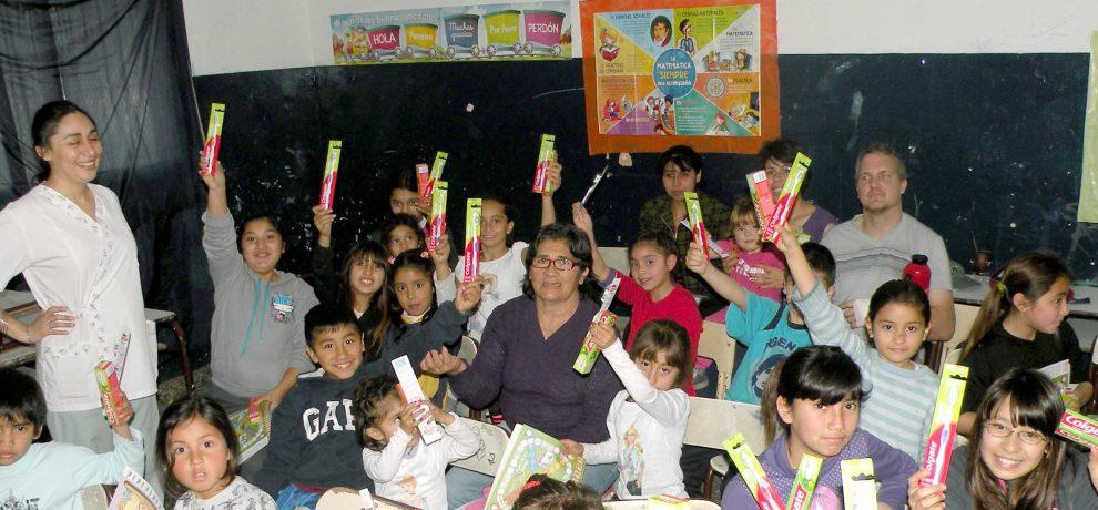 Sostegno a distanza in Argentina: cena e spettacolo per cure odontoiatriche