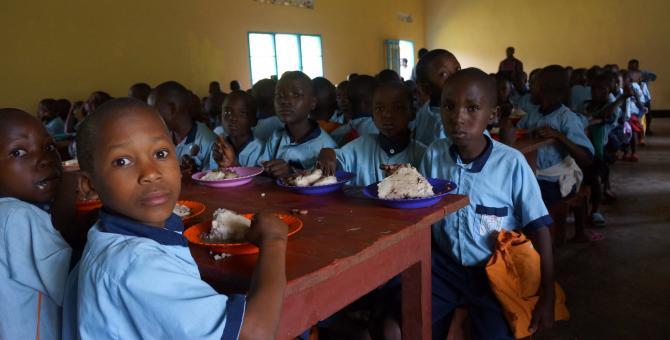 Solidarietà in tv per la mensa scolastica di Kibaya