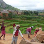 Loredana Rabellino - Madagascar. Sorrisi, natura, colori, gioia e serenità