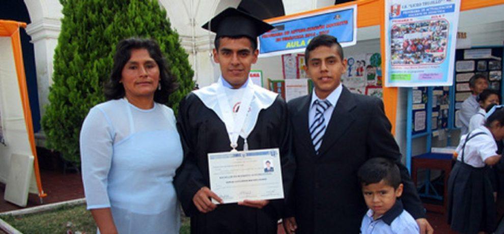 Cesvitem: altri 2 laureati con il sostegno a distanza