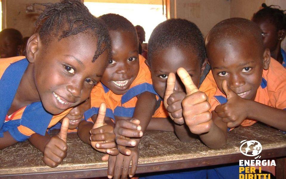 Campagna di Sostegno a Distanza per bambini di Senegal Gambia e India – energia per i diritti umani
